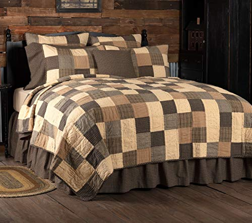 VHC Brands Kettle Grove King Quilt 110Wx97L Primitive Country Patchwork Design, Country Black and Creme
