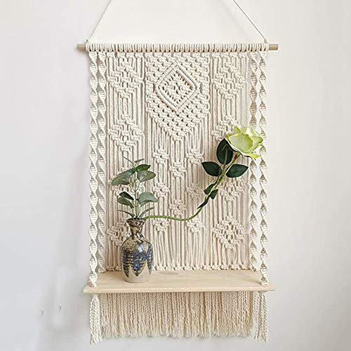 Redsa Macramé estante colgante de pared blanco crema con cuentas de madera de algodón, soporte decorativo para macetas de pared para decoración del hogar