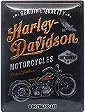 Nostalgic-Art Targa Vintage Harley-Davidson – Tradition – Idea regalo per amanti di moto, in metallo, Design retro per decorazione, 30 x 40 cm