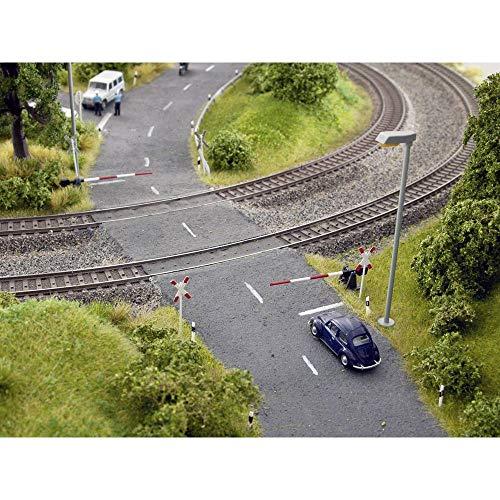 Noch 14307 Bahnschranken mit Andreaskreuzen