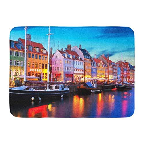 NA Dörrmattor badmattor utomhus/inomhus dörrmatta naturskön kväll panorama av berömda Nyhavn pir arkitektur i Gamla stan Köpenhamn Danmark badrumsdekor matta badmatta