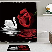 MIMUTI シャワーカーテン バスマット 2点セット 白鳥白鳥とロマンチックな愛赤いバラ水反射バレンタインデーの恋人の花 自家 寮用 ホテル 間仕切り 浴室 バスルーム 風呂カーテン 足ふきマット 遮光 防水 おしゃれ 12個リング付き