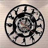 FUTIIF Joueur De Football en Vinyle Silhouette Disque Vinyle Horloge Murale Football Coup De Pied Rétro Sports Décoration De La Maison Lampe avec LED