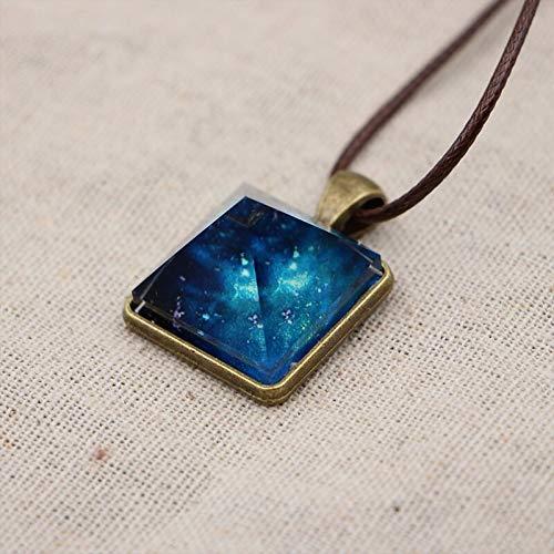 GBX Creativo collar de oro con diseño de pirámide estrellada con forma de pirámide estrellada para mujer, regalo elegante y brillante de cadena oscura con colgante