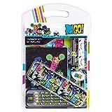 Teen Titans Go! Estuche Escolar con Libreta A4, Lápices Colores, Goma de Borrar y Bolígrafo, Set Papelería Infantil, Kit Material Escolar Original, Regalos Infantiles
