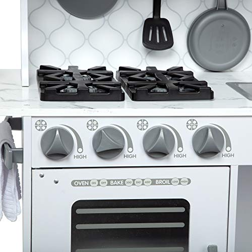 Melissa and Doug Chef's Kitchen White