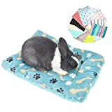 """MuYaoPet Rabbit Guinea Pig Hamster Bed Mat Winter Thick Fleece Squirrel Hedgehog Bunny Chinchilla Bed House Nest Small Animal Accessories (S(15.7"""" 11.8""""), Sent by ramdon)"""