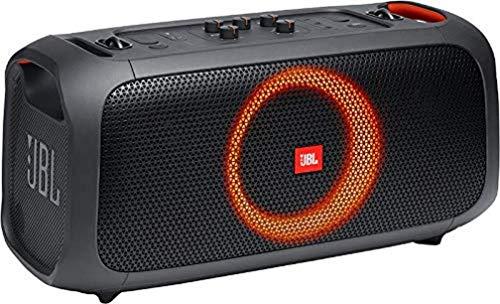 JBL PartyBox On-The-Go in Schwarz – Tragbarer Bluetooth Party-Lautsprecher mit Lichteffekten und kabellosem Mikrofon – Spritzwassergeschützt – Leistungsstarker Akku