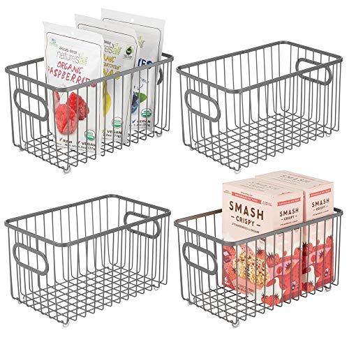 mDesign 4er-Set Küchenkorb aus Metall – flexibler Aufbewahrungskorb für die Küche, Vorratskammer etc. – kompakter und universeller Drahtkorb mit Griffen – grau