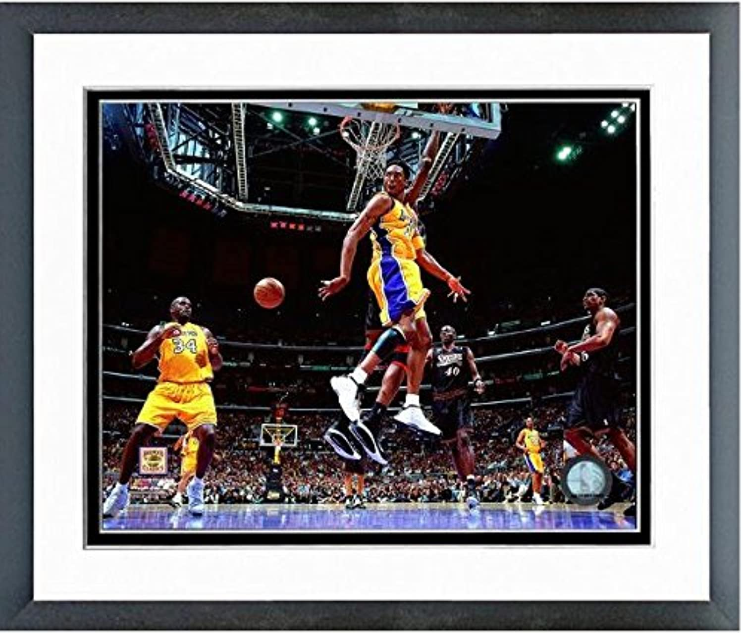 Kobe Bryant Los Angeles Lakers NBA Action Photo (Size  12.5  x 15.5 ) Framed