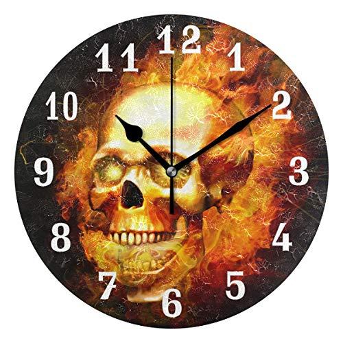 DOSHINE Wanduhr, brennender Totenkopf, Halloween, geräuschlos, nicht tickend, für Schlafzimmer, Wohnzimmer, Küche, Heimdekoration