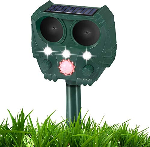 GOTSEVEN Ultrasonic Dog Chaser, Animal Deterrent with Motion Sensor and Flashing Lights Outdoor Solar Farm Garden Yard Repellent, Dogs, Cats, Birds(Green)