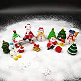 EMiEN 26-teiliges Miniatur-Ornament-Set für DIY Feengarten, Puppenhausdekoration, weißer Sand, Weihnachtsmann, Weihnachtsbäume, Schneemann, Schneeflocke, rote Socken, Glocke, Tasche, Mond, Bank