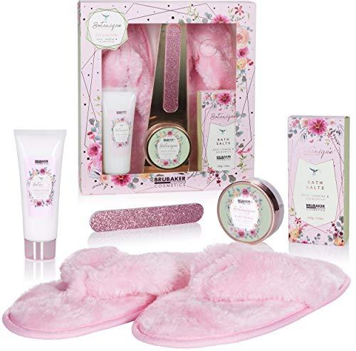 BRUBAKER Cosmetics Bade- und Fußpflege Set inkl. 1 Paar Rosa Plüsch Slipper - mit Rose, Jasmin und Eukalyptus Extrakten - Beauty Geschenkset Damen