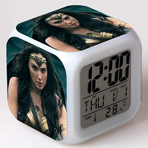 xiaohuhu Wonder Woman Princess Diana LED Siete Colores Creative Mood Alarm Clock Regalos para niños
