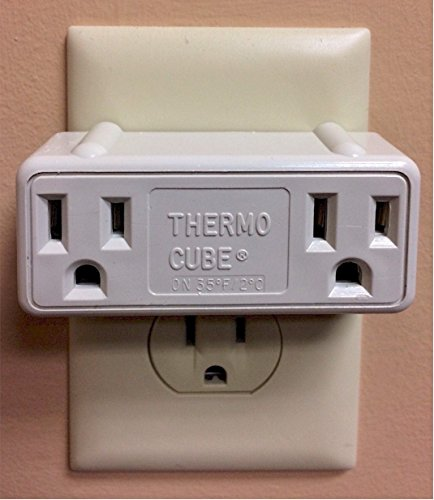 Farm Innovators TC-3 Cold Weather Thermo Cube Thermostatically Controlled Outlet - On at 35-Degrees/Off at 45-Degrees