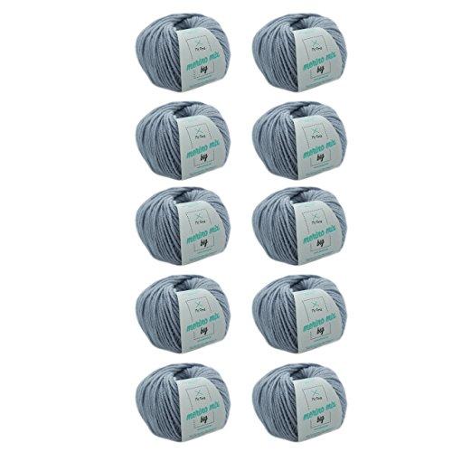 MyOma Wolle Stricken - Merino Wolle eisblau (Fb 36277) - 10 Knäuel hellblaue Merinowolle Stricken - Dicke Wolle + GRATIS Label - 50g/75m - Nadelstärke 6-7mm Wolle - weiche Wolle – Merino Garn