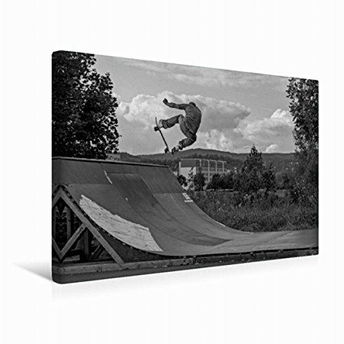 Calvendo Premium Textil-Leinwand 45 cm x 30 cm quer,Auf dem Skateboard von Michael Wenk | Wandbild, Bild auf Keilrahmen, Fertigbild auf echter Leinwand. H. - Olli in der MiniRamp Sport Sport