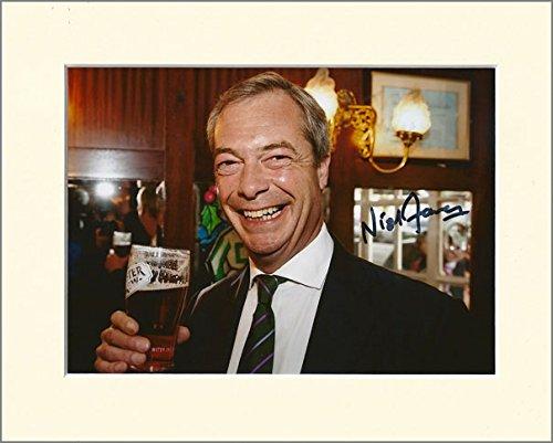 Nigel farage ukip Leader SIGNED Autograph Foto Print großes Geheimnis Santa