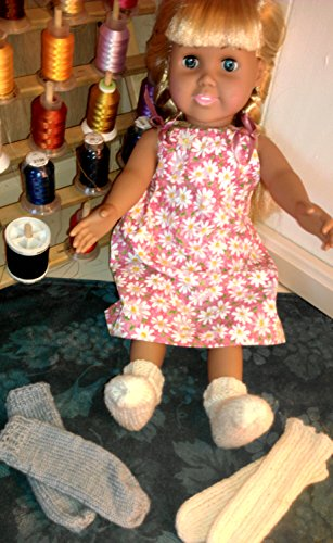EZ Tube Socks Knitting Pattern for 18-inch/46 cm Dolls: Stockinette Socks and Ribbed Socks Patterns Included (English Edition)