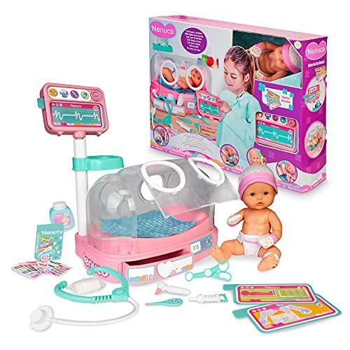 Nenuco - Doctora, ¿cómo está mi bebé? Muñeco de 35 cm recién nacido, incubadora con luces y sonidos y accesorios de enfermería como monitor New Born, para niños y niñas de 3 años, Famosa (700016660)