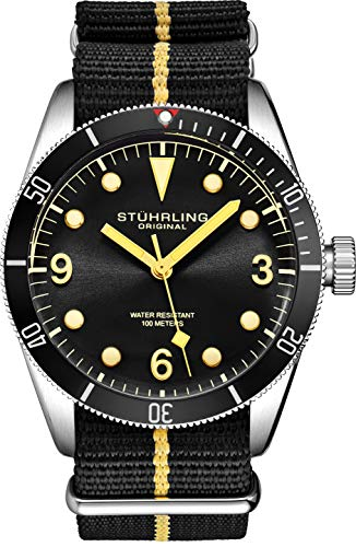 Stuhrling Original Uhren für Herren - Taucheruhr - Herren Sportuhren Wasserdicht Schwarz Armbanduhr bis 100M - Nylon Analoguhr Japanisches Quarzuhrwerk - Herrenuhren Kollektion (Black)