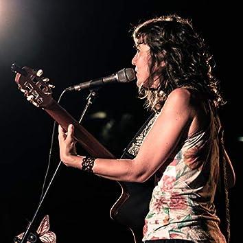 Canto Almamar (Canción a Guitarra y Voz de Sarabanda)