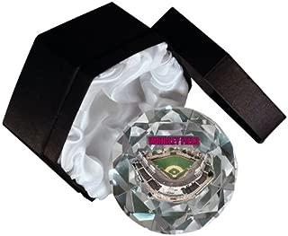MLB Chicago Cubs Wrigley Field 4-Inch High Brillance Diamond Cut Crystal Paperweight