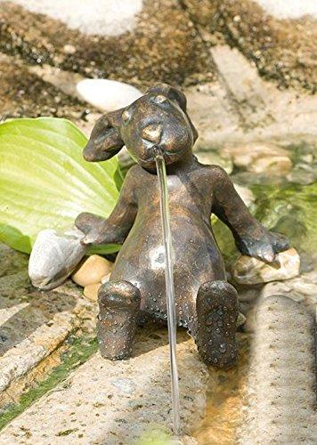 Bronzefigur, Skulpturen, Emil der Hase wasserspeiend 11 cm hoch