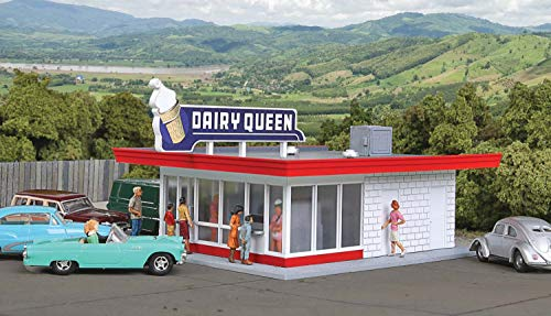 """Walthers Cornerstone HO Scale Model Vintage Dairy Queen Kit, 5-1/16 x 3-1/2 x 2-3/8"""" 12.8 x 6cm"""
