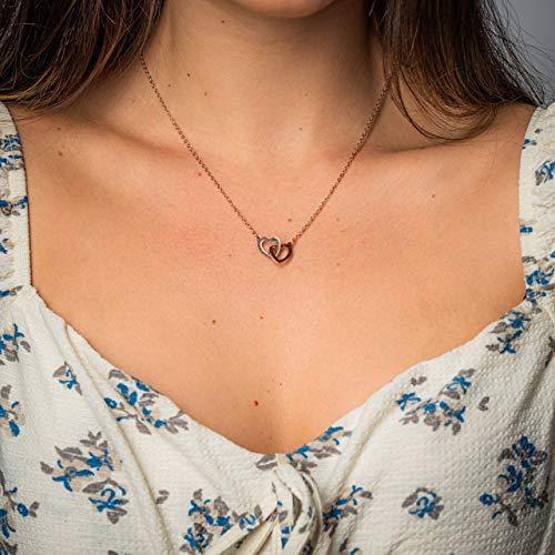 Made by Nami Filigrane Damen-Kette mit verschlungenen Herzen-Anhänger in Rosé-Gold aus Edelstahl - Halskette als Geburtstags-Geschenk, zum Valentinstag, Weihnachten & Jahrestag (Rose-Gold Herz 2)