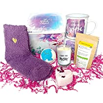 SHE FEELS LOVED Care Package for Mom – 6-IN-1 Gift Basket for Mom with Aromatherapy Soy Candle, Perfect Relaxing Gift Set for New Mommy or Postpartum Care Kit