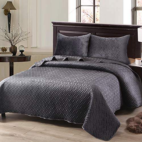 Exclusivo Mezcla Luxurious 3-Piece King Size Velvet Quilt Set with Pillow Shams, as Bedspread/Coverlet/Bed Cover(Solid Grey) - Soft, Lightweight, Reversible& Hypoallergenic
