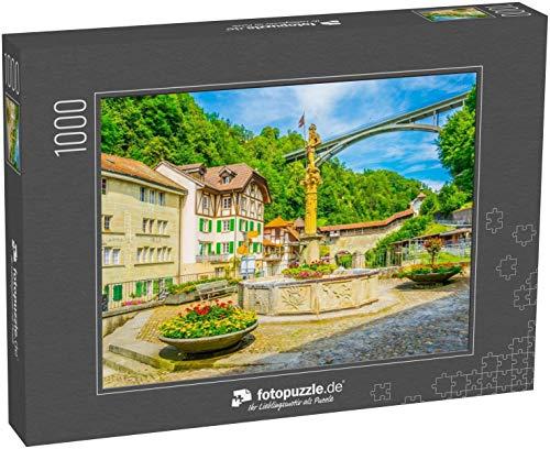 Puzzle 1000 Teile Blick auf eine schmale Straße in der Freiburger Altstadt, Schweiz - Klassische Puzzle mit edler Motiv-Schachtel, Fotopuzzle-Kollektion 'Schweiz'