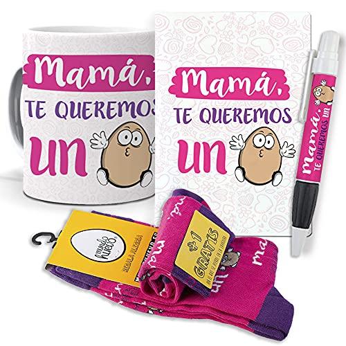 mundohuevo Super Regalo Personalizado Dia de la Madre. Mamá te Queremos un Huevo. Taza, libreta, boli y Trio de Calcetines