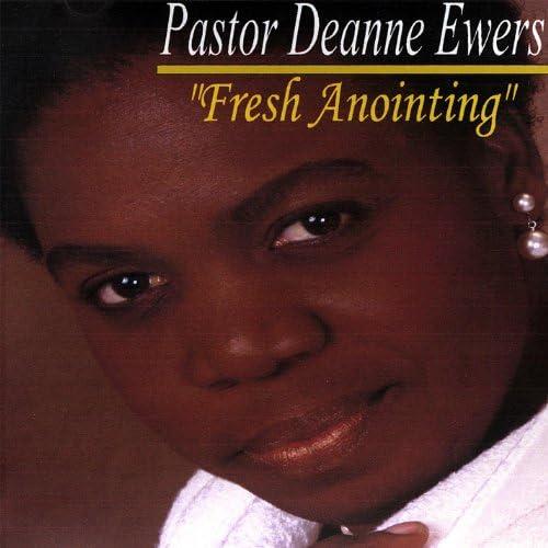 Pastor Deanne Ewers