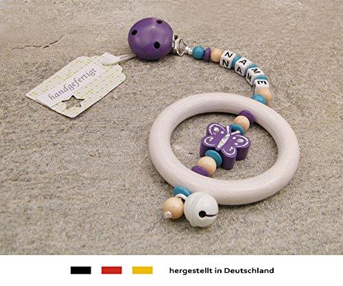 Baby kinderwagen aanhanger met naam - kinderwagenketting met wensnaam - meisje motief glitter vlinder in lila