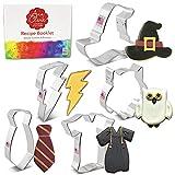 Ann Clark Cookie Cutters Juego de 5 cortadores de galletas brujería/magia con libro de recetas, búho, rayo, sombrero de bruja, túnica y pañuelo