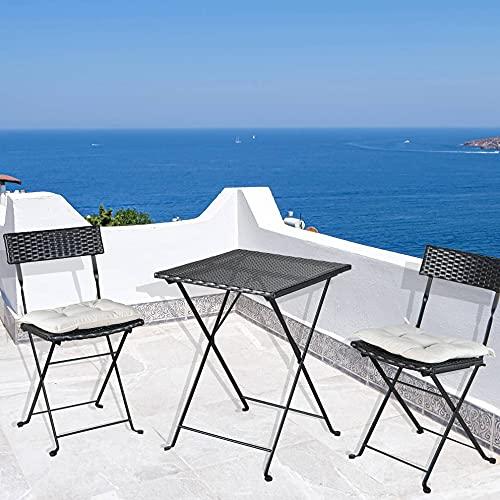 Set da bistrò pieghevole in vimini, con due cuscini beige, tavolo in vetro temperato e sedie pieghevoli in rattan, per balcone, cortile e giardino