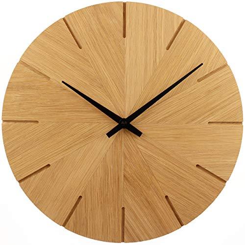 Wanduhr Holz, Eiche Natur Massivholz, Holzuhr Wand, besteht aus 12 Dreiecken - Design, sehr leises Junghans Quarz Uhrwerk, 30cm rund modern, Qualitätsprodukt, handgemacht in Österreich, exklusiv
