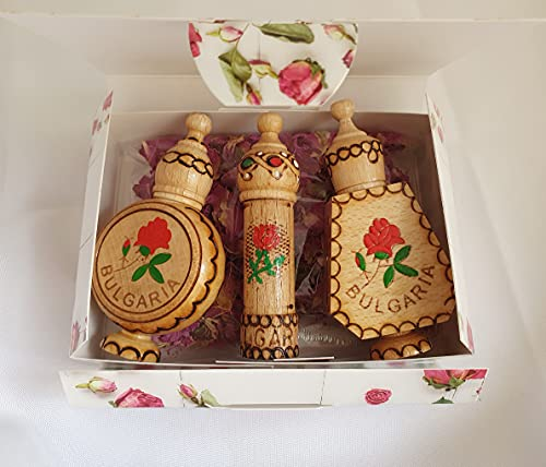 Coffret cadeau Huile de rose bulgare avec 3 fioles souvenirs en bois + fleurs de rose séchées
