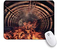 NIESIKKLAマウスパッド 煙のあるトンネル赤い炎の古い産業用トンネルでの火災 ゲーミング オフィス最適 高級感 おしゃれ 防水 耐久性が良い 滑り止めゴム底 ゲーミングなど適用 用ノートブックコンピュータマウスマット