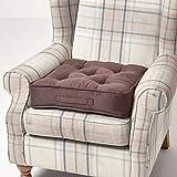 Homescapes großes Sitzkissen 50 x 50 cm, Sitzpolster für Sessel und Sofas mit Tragegriff und Veloursbezug, 10 cm hohes gepolstertes Matratzenkissen, braun