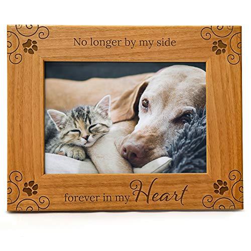 """""""No Longer By My Side, Forever In My Heart"""", Gedenk-Bilderrahmen für Haustiere, graviertes Naturholz, passend für ein horizontales Hochformat von 12,7 x 17,8 cm"""