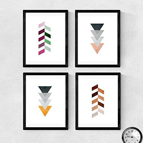 Set di 4 fotogrammi da incorniciare, frecce geometriche. Toni terrestri, neri e violette. Stampe in stile nordico. . Decora il soggiorno o fai il regalo perfetto. Poster in stile scandinavo, . (A4)