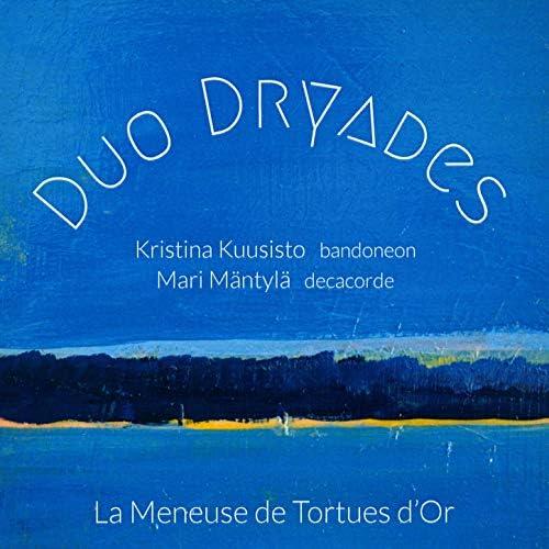 Duo Dryades