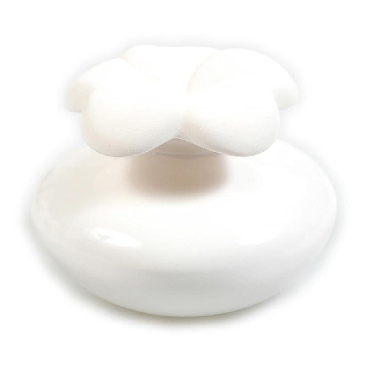 多様体東ティモールばかげたMillefiori FIORE ルームフレグランス用 花の形のセラミックディフューザー Sサイズ ホワイト LDIF-FS-001