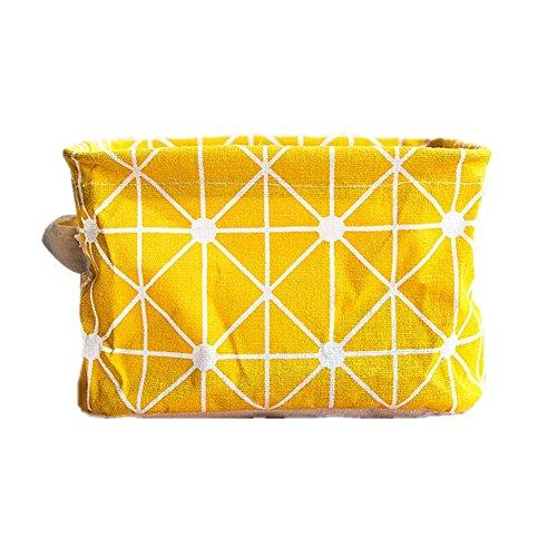 Cesta amarilla de tela para organización en el hogar