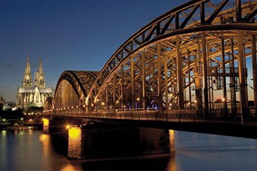 1art1 Köln - Hohenzollernbrücke Und Kölner Dom Bei Nacht Selbstklebende Fototapete Poster-Tapete 180 x 120 cm