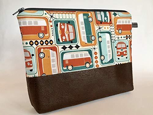 Kleiner Kulturbeutel Bus Kulturtasche aus Designerstoff im Retro Look mit Bus Motiv Edel kombiniert mit dunkelbraunen Kunstleder Innen mit abwaschbaren Wachstuch Handmade
